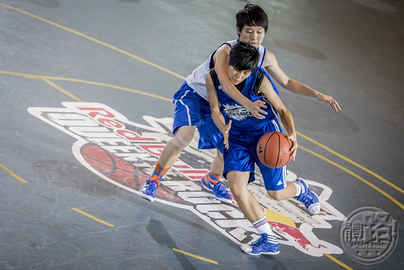kingoftherock_redbull_basketball_150716_3