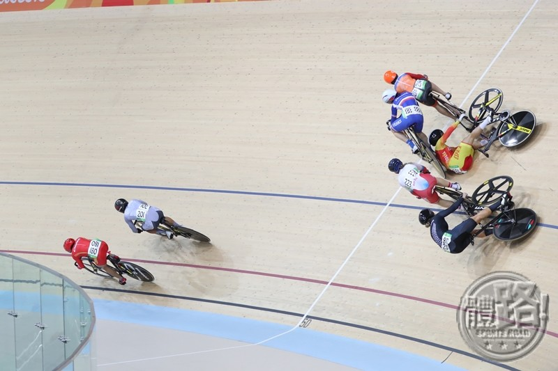 rio_cycling_keirin_first_round_sarahlee_20160813-10
